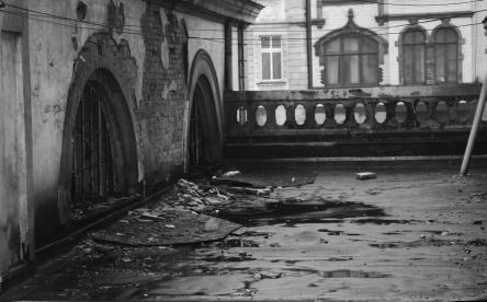 (Fotografia Starego Dworca. Z archiwum prof. I. Koziny)