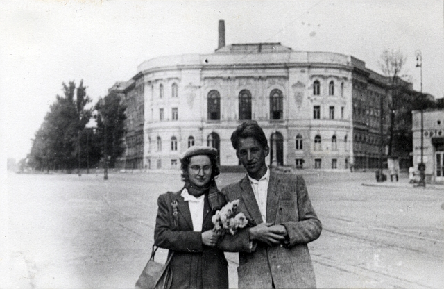 Zofia i Oskar Hansen w 1950 r.