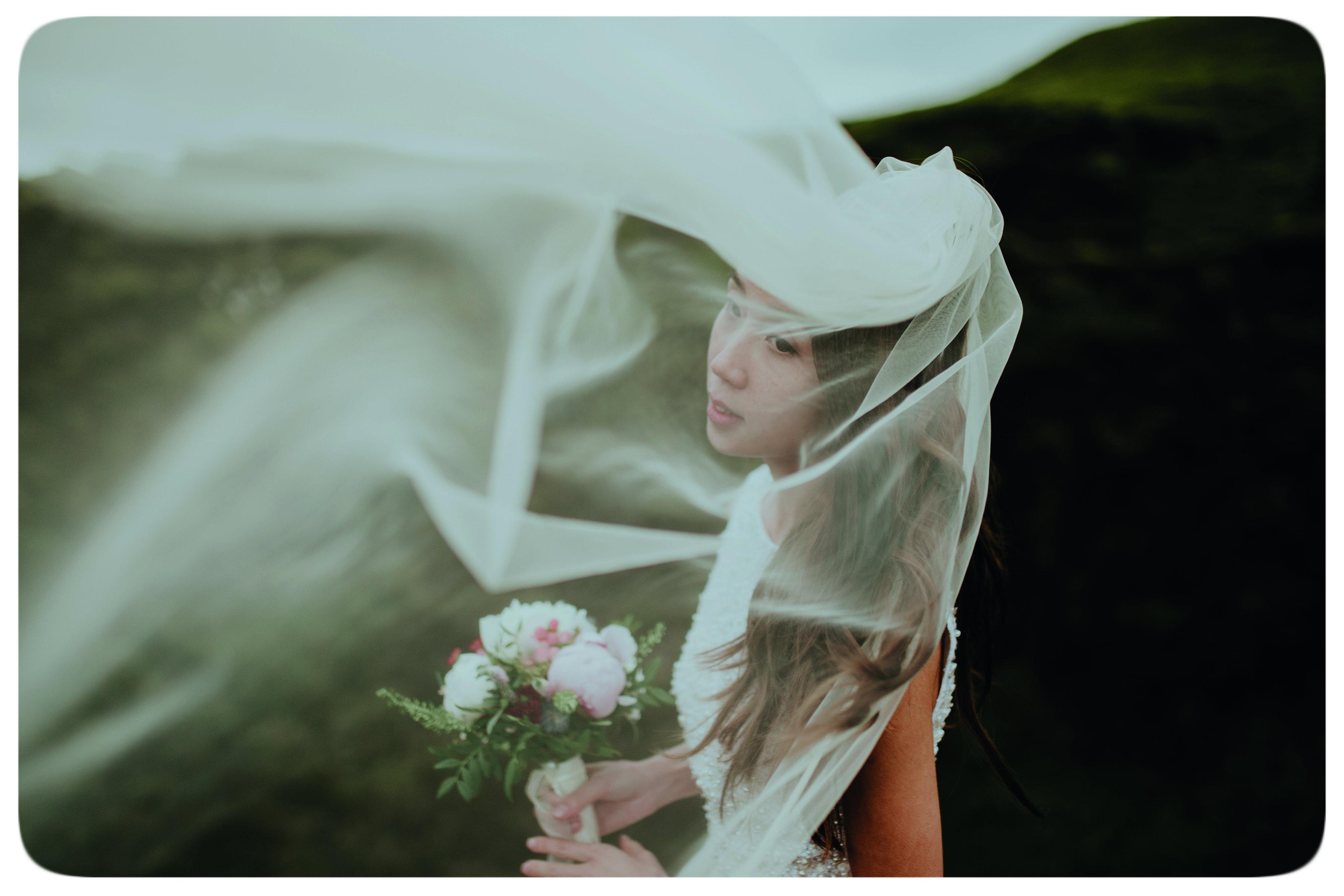 – Iceland Wedding, więcej zdjęć: http://lukaspiatek.com/iceland-wedding/