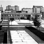 Budynek banków PKO, NBP i BS oraz PZU w Tychach, ok. 1974. Fot. z archiwum Ewy Dziekońskiej