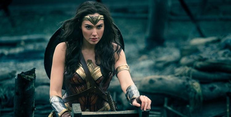 """Feminizm pozorny - recenzja filmu """"Wonder Woman"""""""