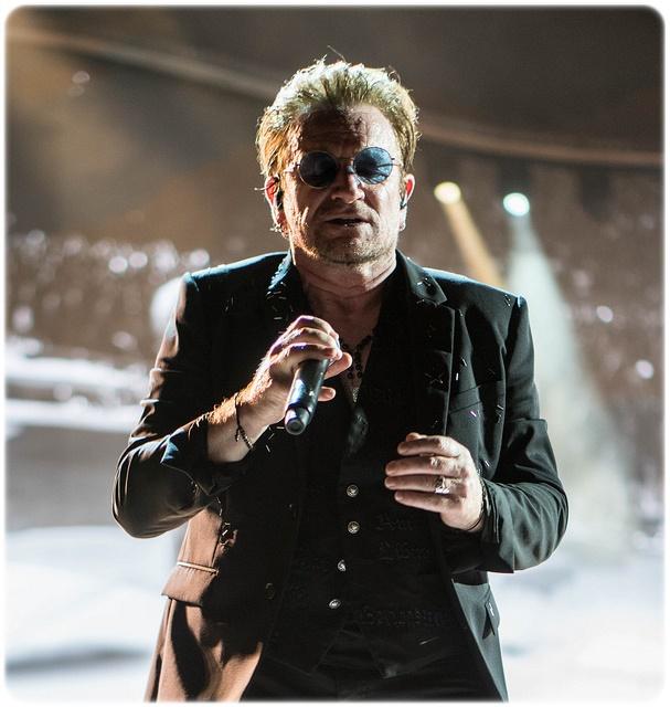 U2, Bono, koncert w Tampie (Floryda) / CC BY 2.0 / żródło: flickr / zmiany: zaokrąglone rogi