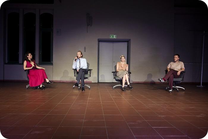 """""""Henrietta Lacks"""", reż. Anna Smolar. Materiały dzięki uprzejmości Teatru Nowego w Zabrzu"""